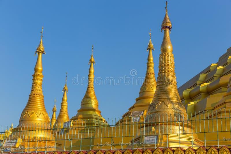 Pagoda de Shwemawdaw, dans Bago, Myanmar images stock