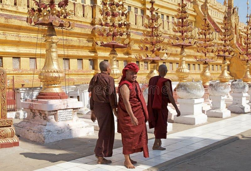 Pagoda de Shwezigon, Bagan, Myanmar fotos de archivo libres de regalías
