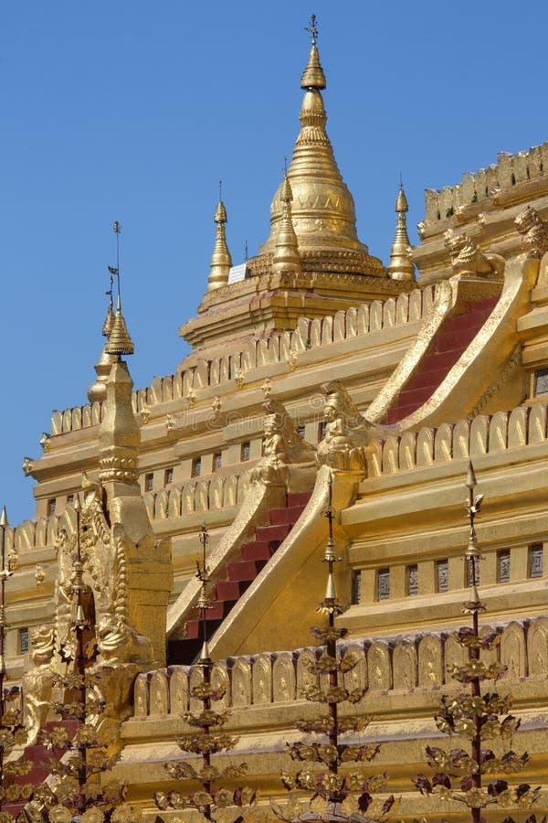 Pagoda de Shwezigon - Bagan - Myanmar (Birmanie). photo libre de droits