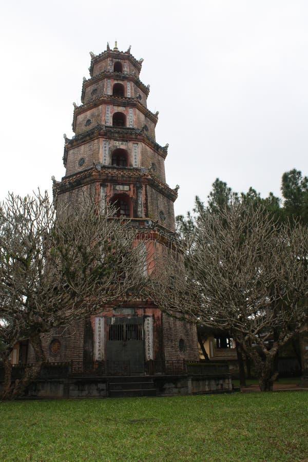 Pagoda de Thien MU imagem de stock royalty free