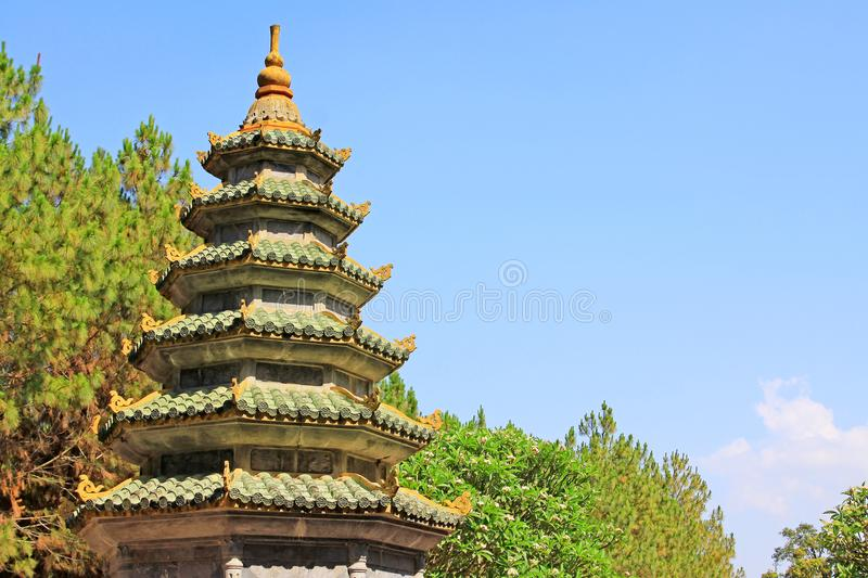 Pagoda de Thien MU, Hue Vietnam photo stock
