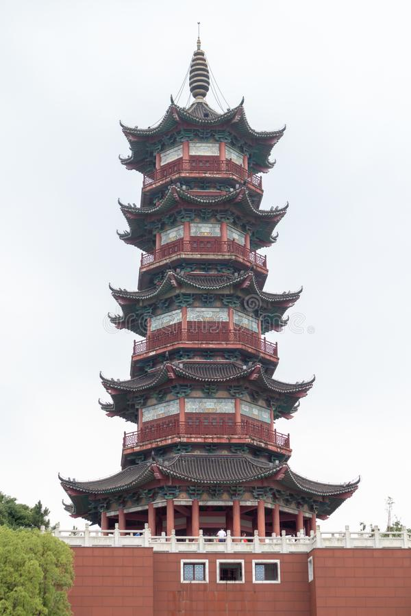 Pagoda de Wanshou de lac elephant de Nan-Tchang images stock