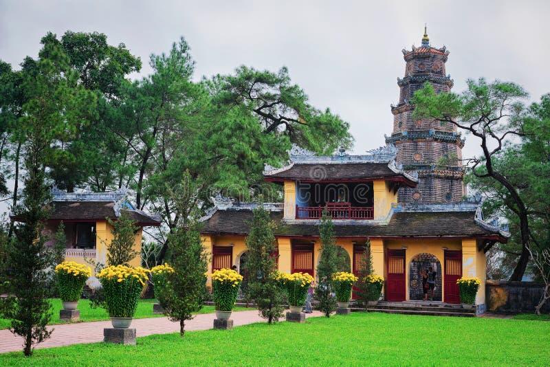 Pagoda di Celestial Lady in Hue Vietnam immagini stock libere da diritti