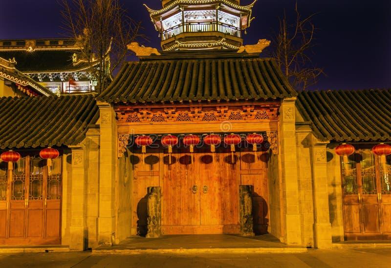 Pagoda di legno Wuxi Jiangsu Cina della porta del tempio buddista di Nan-Chang fotografia stock libera da diritti
