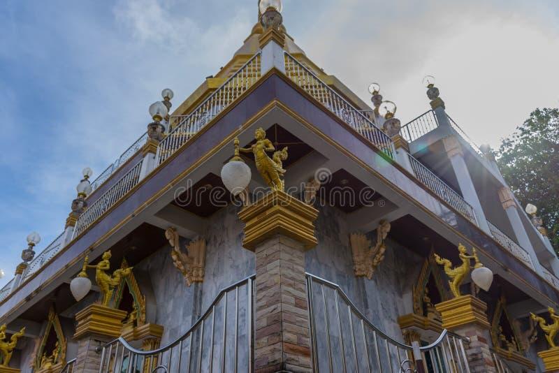 Pagoda di Wat Nakaram a Phuket, Tailandia fotografia stock libera da diritti