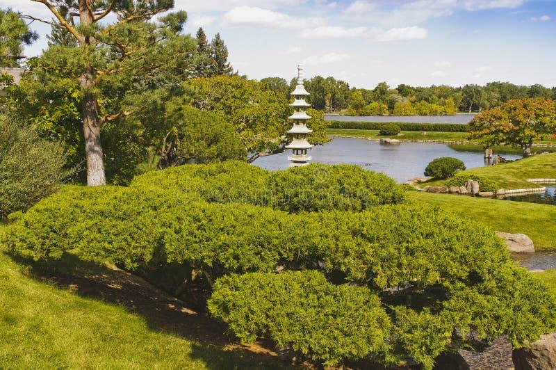 Pagoda en pierre japonaise traditionnelle photos stock