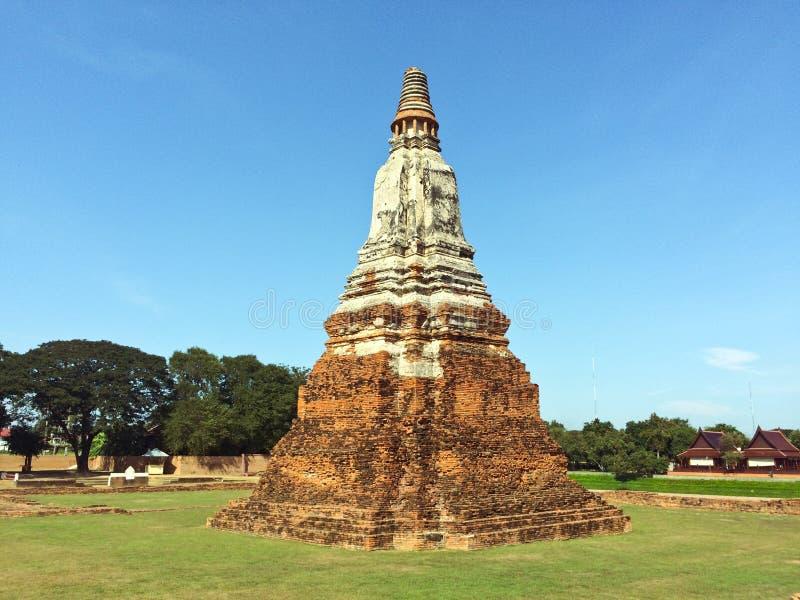 Pagoda en Wat Chaiwatthanaram image stock