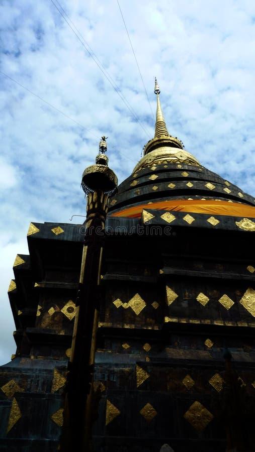 Pagoda en Wat Phra That Lampang Luang images libres de droits