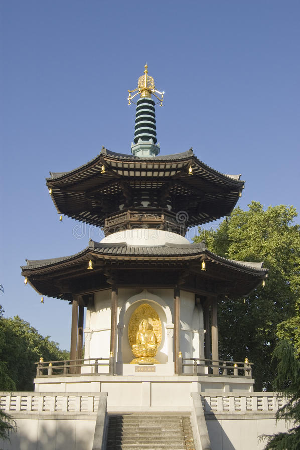 Pagoda För Battersea Parkfred Arkivfoton
