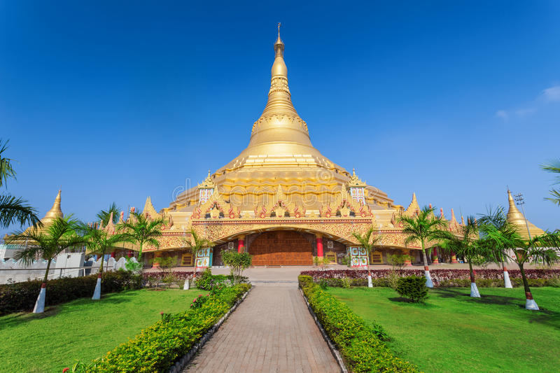 Pagoda globale de Vipassana photos stock