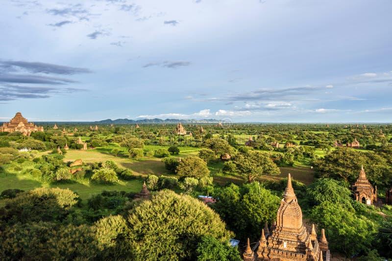 Pagoda krajobraz świątynie Mandalay Bagan, Birma (poganin) fotografia stock