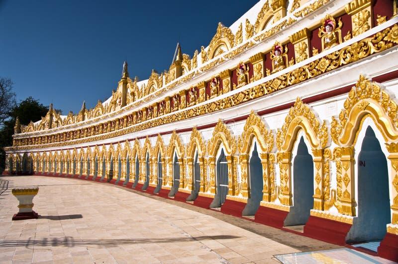 Pagoda minimo di U Dhonesae, Sagaing, Myanmar immagine stock libera da diritti