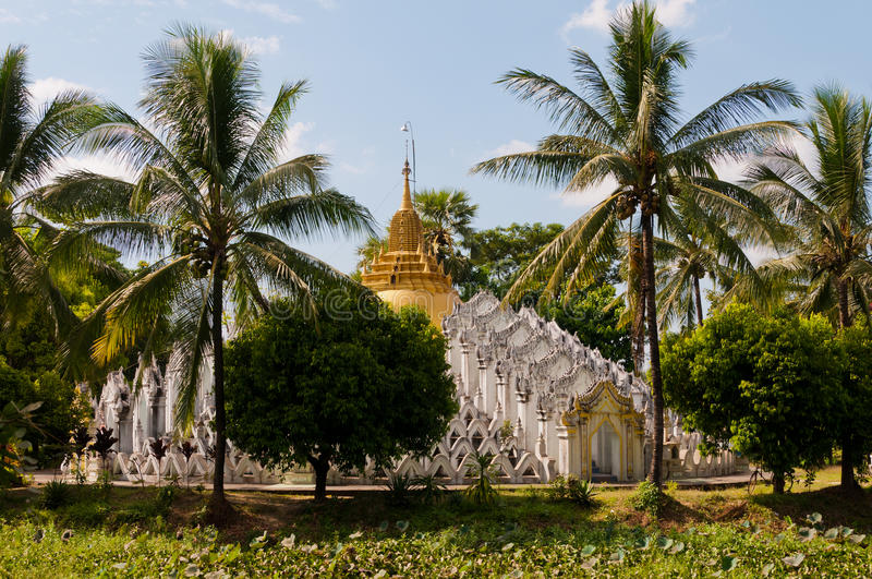 Pagoda near Bago, Myanmar. When leaving Bago for Mawlamyine, you come along this beautiful pagoda, that resembles very much to a bigger pagoda near Mandalay stock image