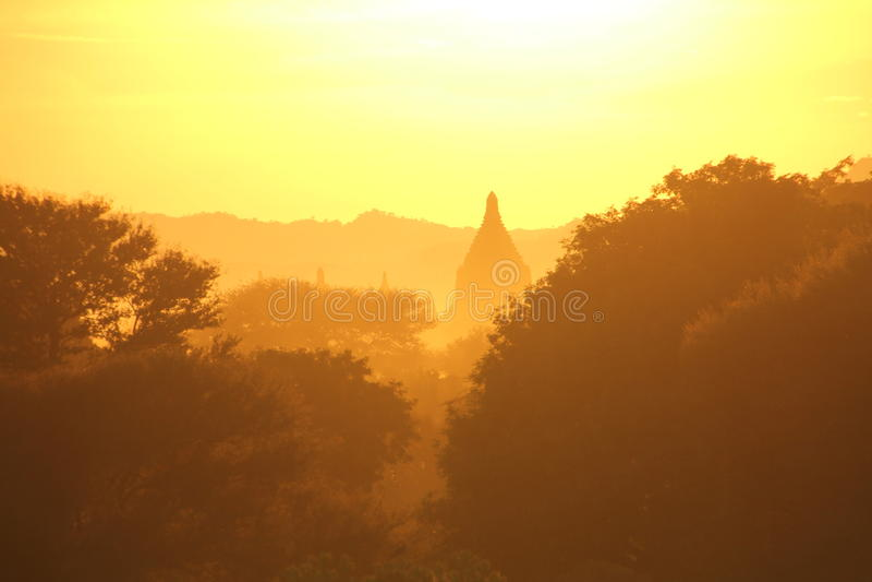 Pagoda przy zmierzchem | Bagan, Myanmar obrazy stock