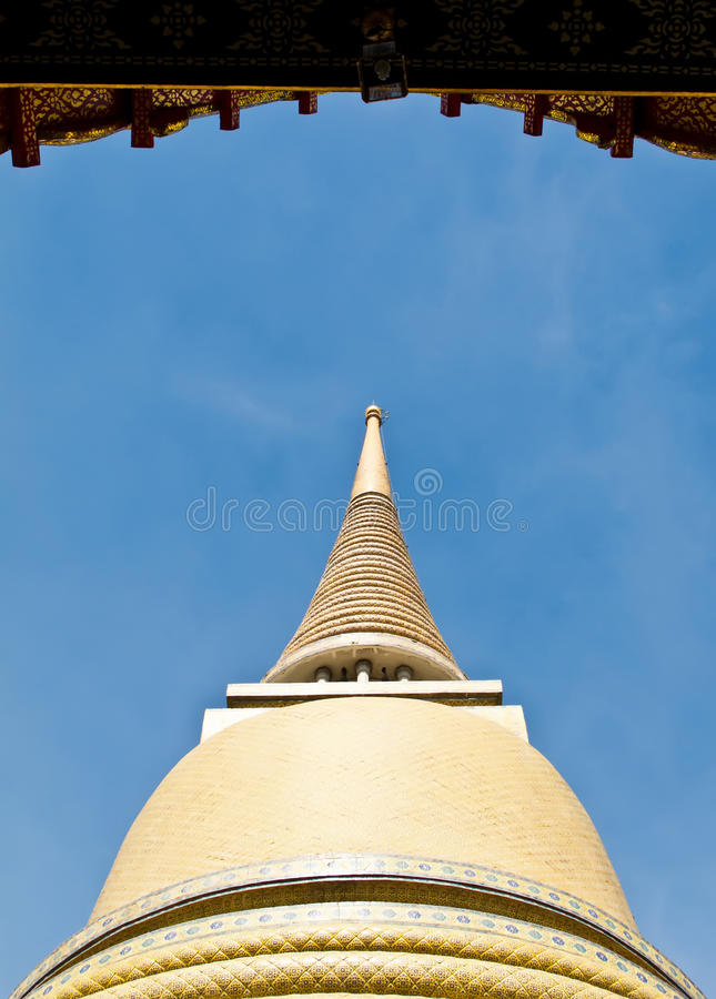 Download Pagoda Of Ratchabophit Temple In Bangkok Stock Photo - Image: 21295218