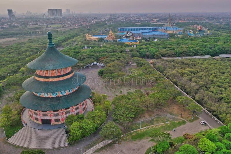 Pagoda Tian Ti Surabaya, il tempio del cielo indonesiano immagini stock
