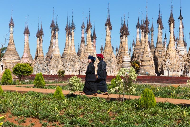Pagodas de Kakku, dans Myanmar photos stock