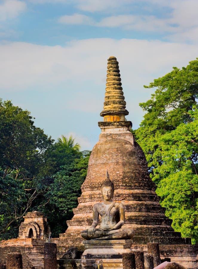 Pagode antigo no parque histórico de Sukhothai, Tailândia imagens de stock royalty free