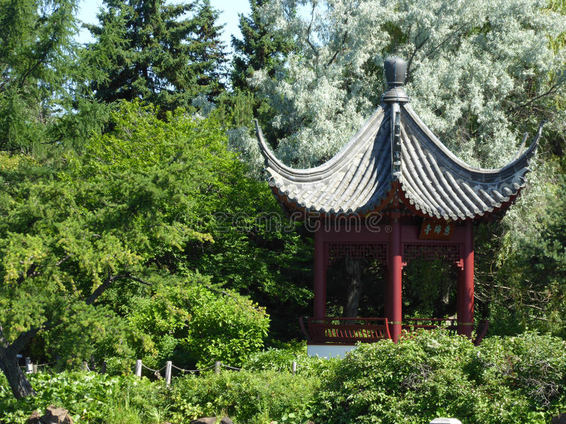 Pagode in Chinese tuin royalty-vrije stock afbeeldingen