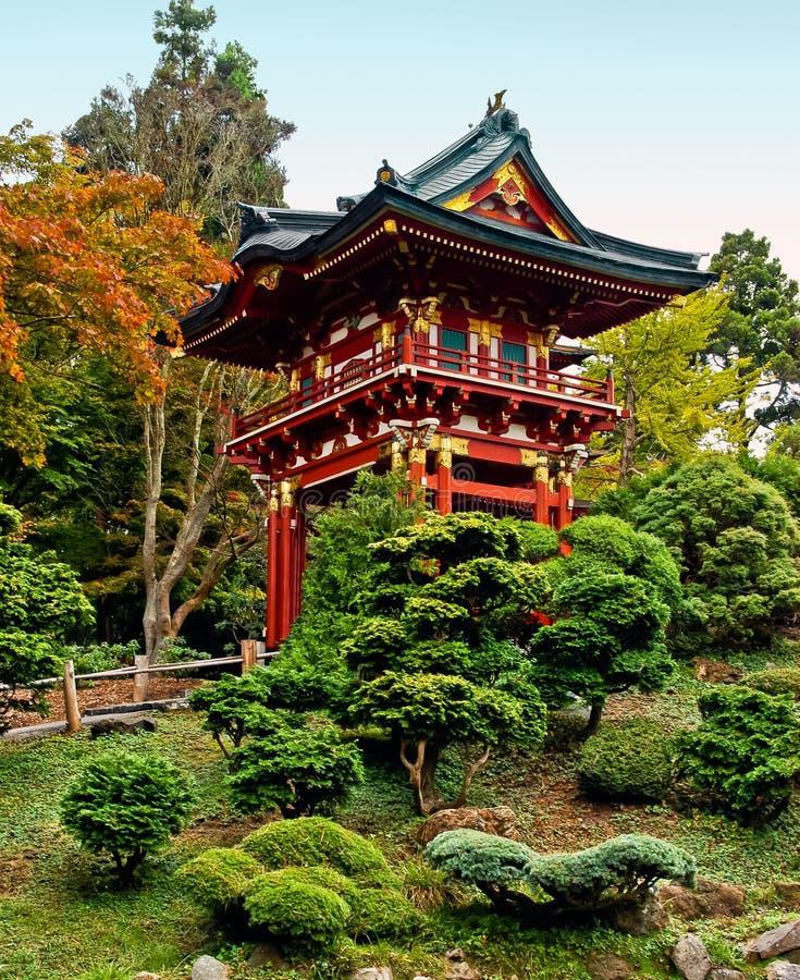 Pagode in de Japanse Tuin van de Thee stock afbeeldingen
