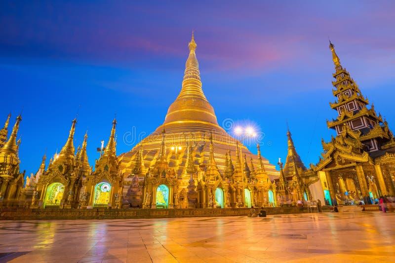 Pagode de Shwedagon em Yangon, Myanmar imagens de stock royalty free