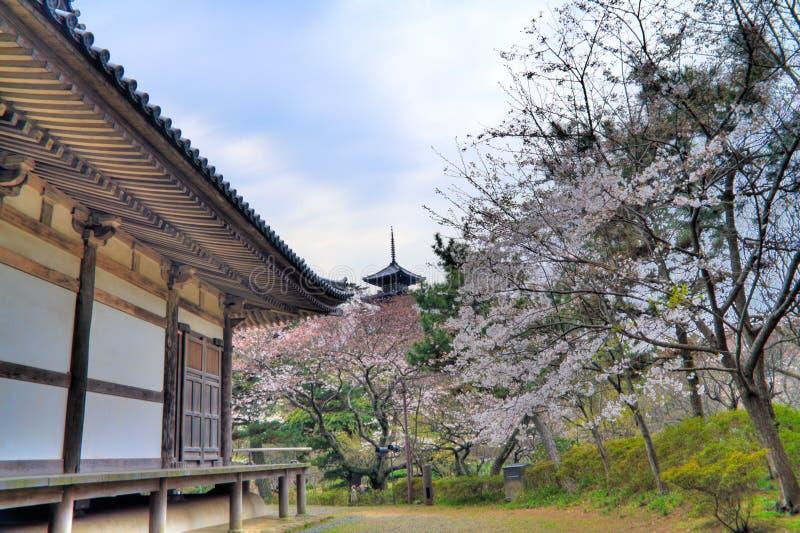 Pagode des Sankeien Gartens lizenzfreie stockfotografie