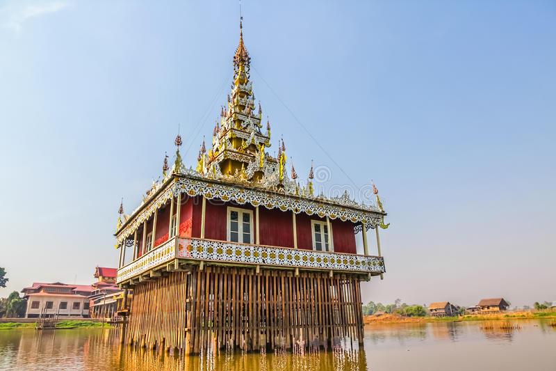 Pagode im Inle See, Myanmar. stockfotografie