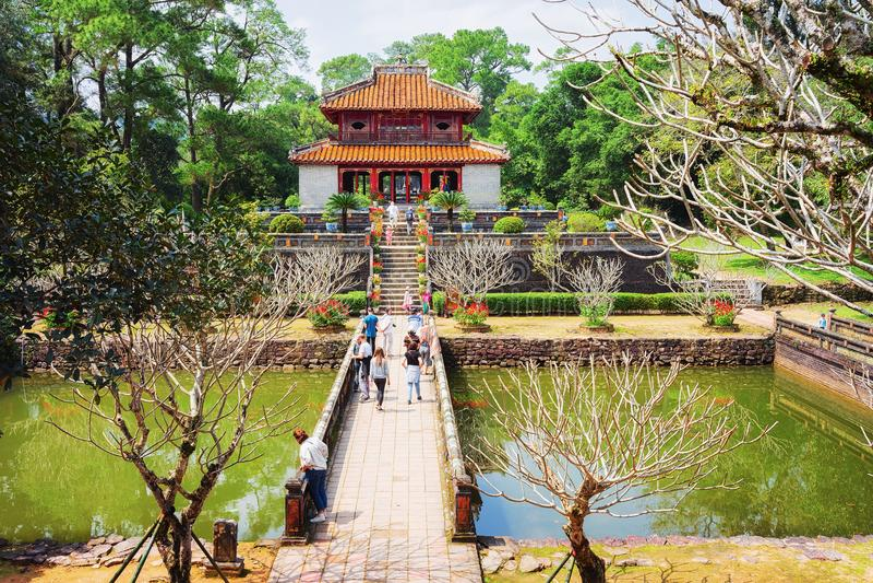 Pagode an Ming Mang-Grab Hue Vietnam stockfotos