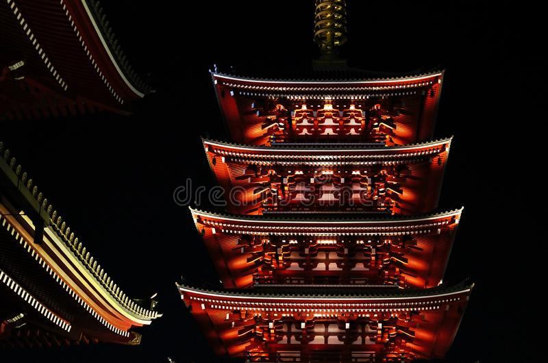 Pagode nachts, Tokyo, Japan stockbild