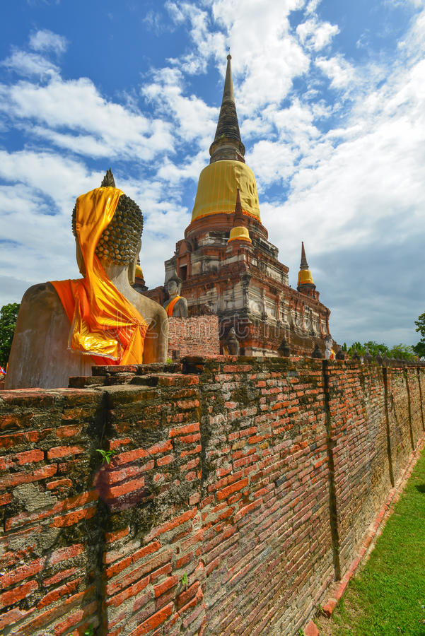Pagode von Wat Yai Chaimongkol lizenzfreie stockfotografie