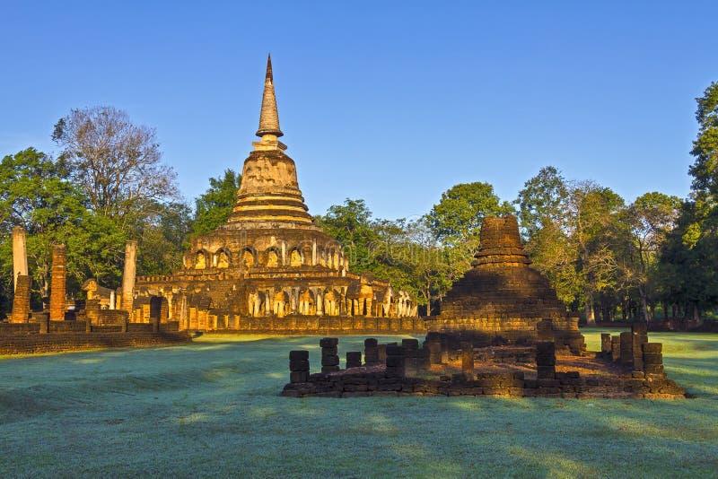 Pagode Wat Chang Lom e moning claro fotos de stock
