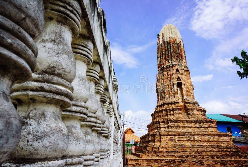 Pagode in Wat Mahathat, Chainats-Provinz Thailand stockbilder