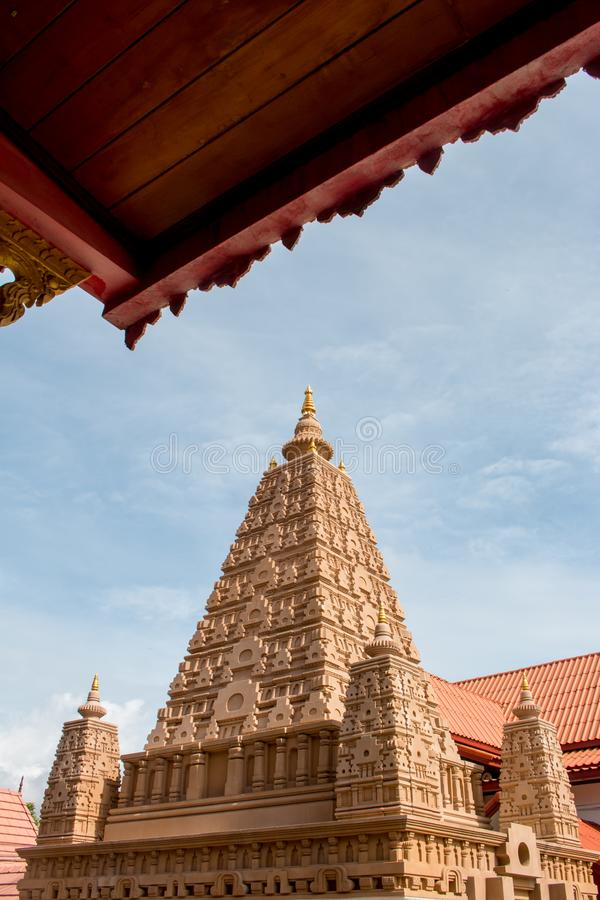 Pagoden lokaliseras i Wat Thakham, Chiang Mai Thailand arkivbild