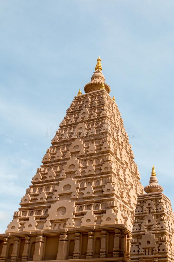 Pagoden lokaliseras i Wat Thakham, Mae Hia, Mueang Chiang Mai, C royaltyfri fotografi