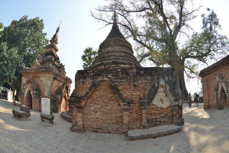 Pagodenkomplex Myanmars Mandalay Yadana Hsemee stockbild