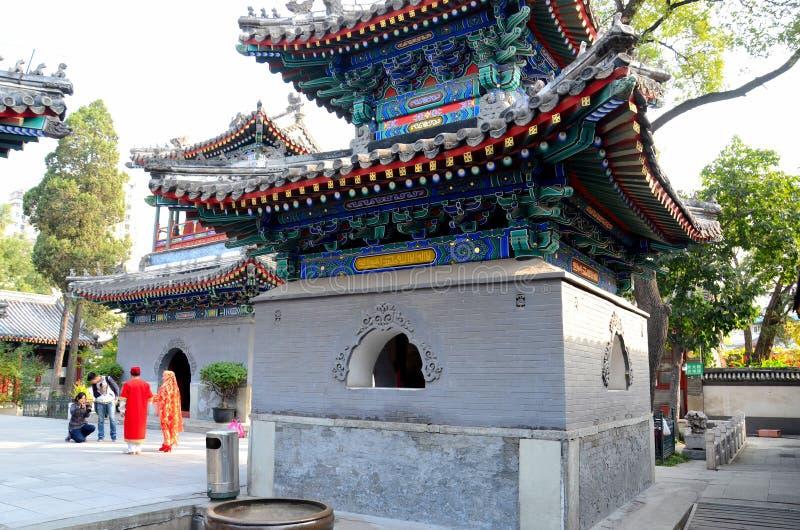 Pagodowi minarety i podwórze krowa Uliczny islam Meczetowy Pekin Chiny obraz royalty free