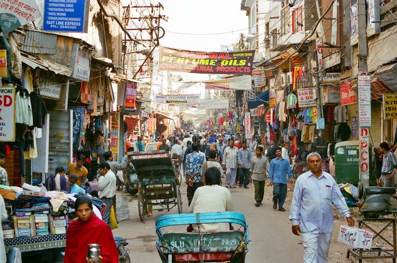 Paharganj, a feira principal de Nova Deli, India foto de stock
