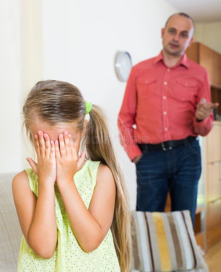 Pai e criança irritados imagem de stock royalty free
