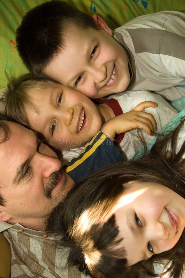 Pai e crianças imagens de stock