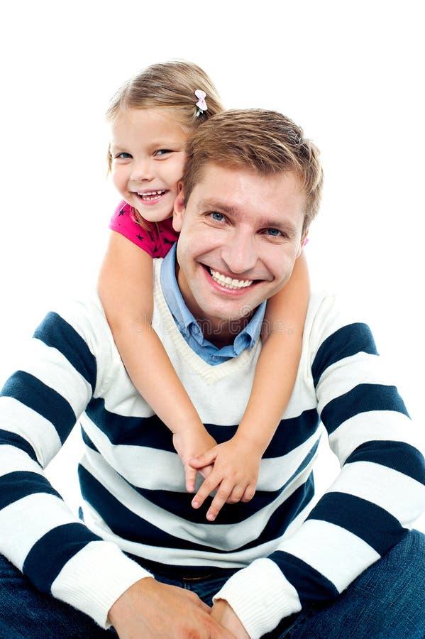 Pai e filha que têm o divertimento junto fotos de stock