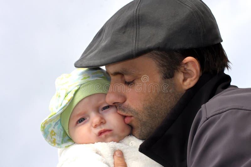 Download Pai e filho imagem de stock. Imagem de família, chapéu - 16859707
