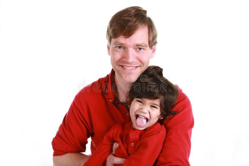 Pai e filho felizes imagens de stock