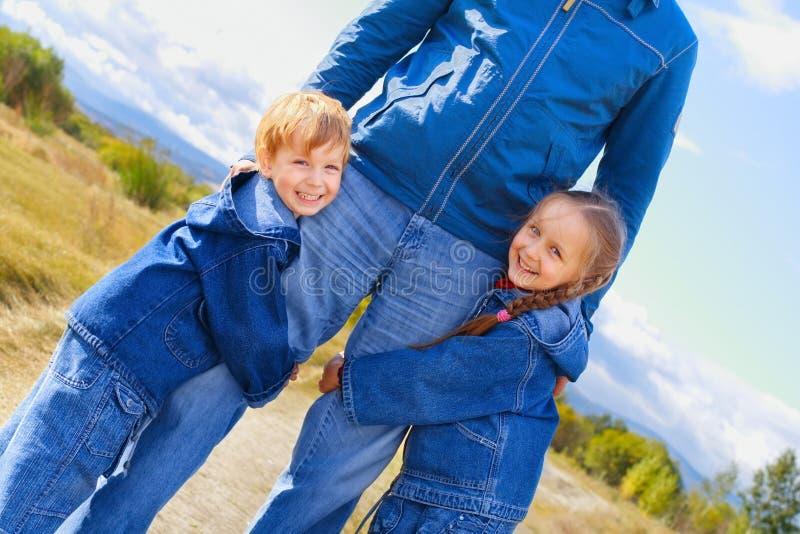 Pai, filho e filha foto de stock royalty free