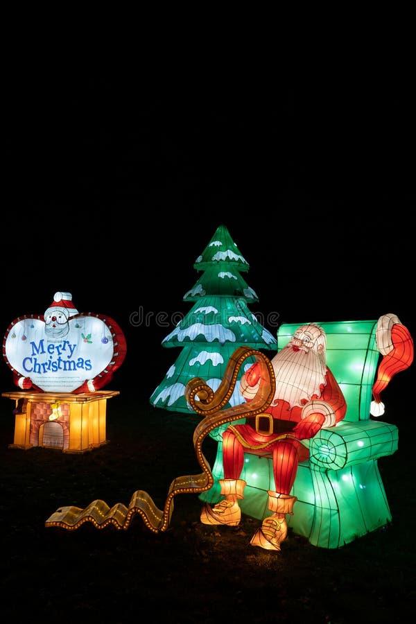 Pai Natal no Festival de Luz Chinês em Varsóvia fotos de stock