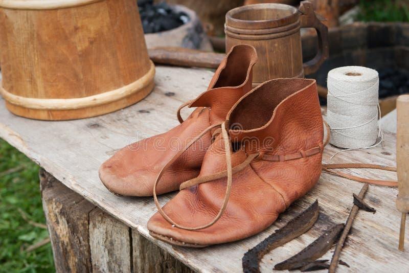 Paia delle scarpe di cuoio antiche fotografia stock libera da diritti