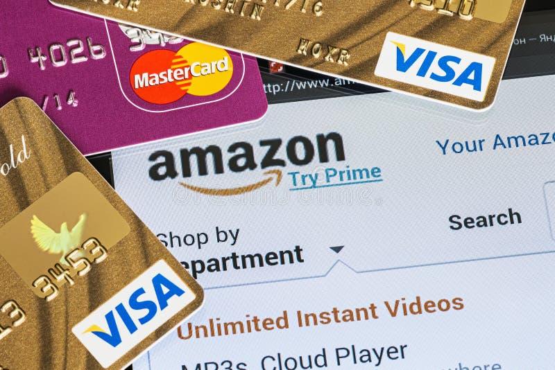 Paiement des achats des paiements en ligne d'Amazone de magasin utilisant images libres de droits