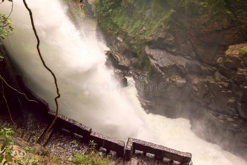 Pailon Del Diablo, de Waterval van de Duivelsketel stock foto