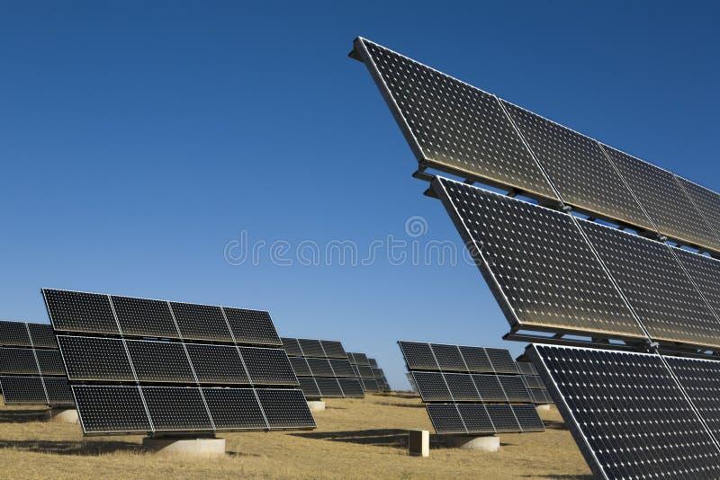 Painéis Photovoltaic solares fotos de stock