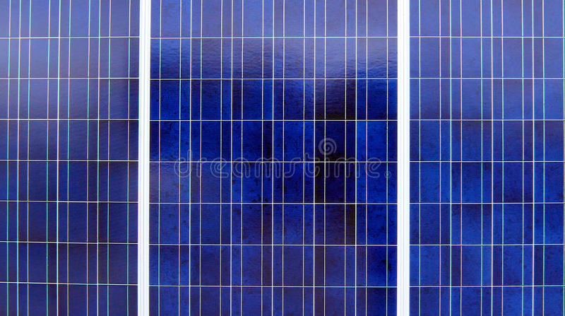 Painéis solares azuis foto de stock royalty free