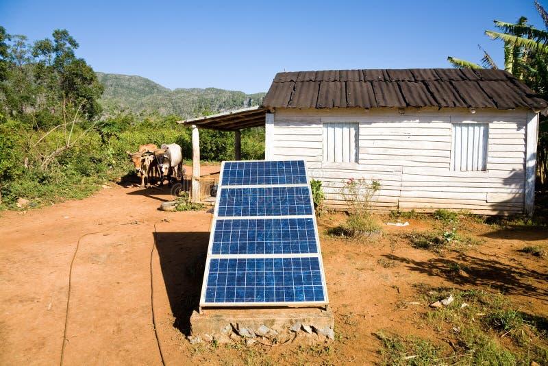 Painéis solares, Cuba fotografia de stock